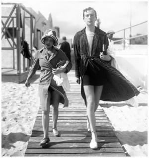 ... ARTES #TBT CECIL BEATON Anita Loos e Cecil Beaton em Palm Beach