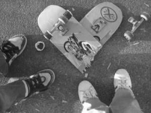 Photography--Skateboarding--Love.jpg BROKEN HEART BROKEN BOARD image ...