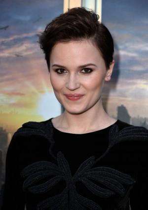 Veronica Roth At 'Divergent' Premiere In LA