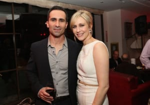 Nestor Carbonell and Vera Farmiga at event of Bates Motel (2013)