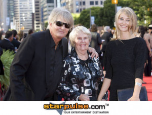 tom cochrane picture photo gallery next