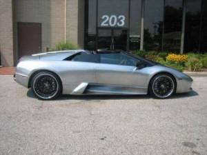 Swizz Beatz drives Lamborghini Murciélago