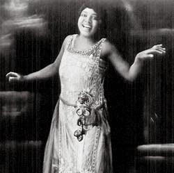 Gertrude Malissa Nix Pridgett Rainey nacio en Georgia en 1886, fue una ...