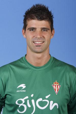 Source: http://mas.lne.es/sporting/jugadores/cuellar.html
