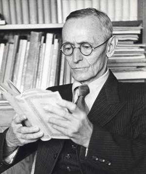 Hermann Hesse lexonteshumë literaturë të huaj
