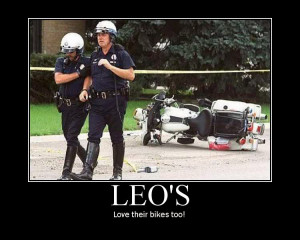 Post up your Funny Motorcycle Pics-leo.jpg