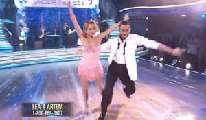 Lea Thompson and Artem Chigvintsev danced 'Cha Cha' on Dancing ...