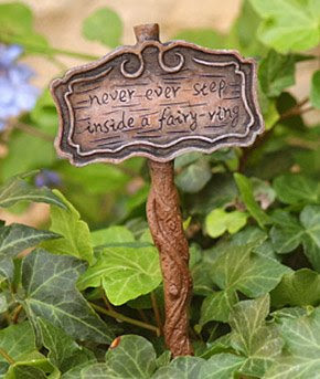 got this cute little sign post last year for my Fairy Garden. So now ...