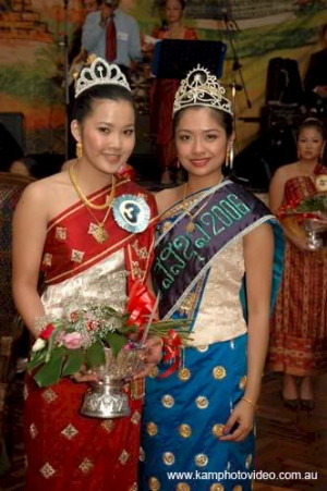 Lao girls with Lao costumes