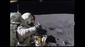HD Apollo 17 / NASA / Véhicule Lunaire / Travelling / 1972 – Stock ...