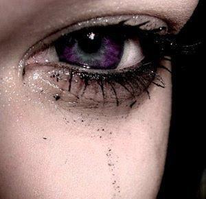 ... /AAAAAAAAADs/D8wShVeYzbw/s320/Purple-crying-eyes-eyes-7647977-300-290