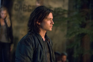Still of Thomas McDonell in The 100 (2014)