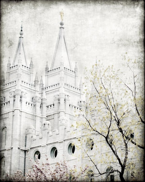 Freebie Friday - Beautiful Prints of LDS Temples