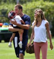 Brief about Tom Brady: By info that we know Tom Brady was born at 1977 ...