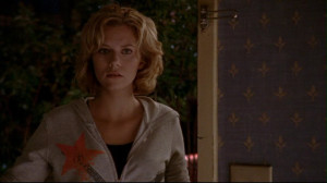 Hilarie-Burton-as-Peyton-Sawyer-on-OTH-3x05-Screencap-hilarie-burton ...