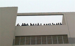 50 Chinese workers at Foxconn, threatened to commit suicide by leaping ...