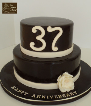 Chocolate & Ivory Anniversary Cake {Celebrations}