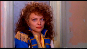 Vagebond's Movie ScreenShots: Married to the Mob (1988)