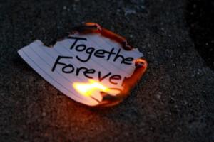 ... broken heart on fire 400 x 400 34 kb jpeg heart broken love quotes