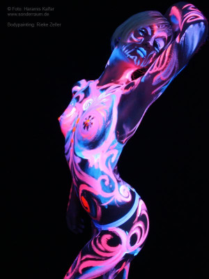 Image Search Body Painting...