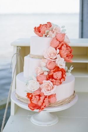 Romantic 3 tier wedding cake