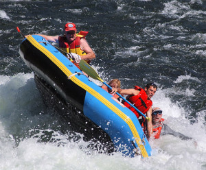 20 Photos of Rafts Flipping over