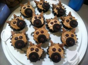 German shepherd cupcakes!!! These are too cute!!!