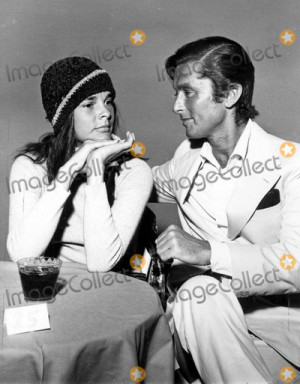 Ali Macgraw Photo Ali Macgraw and Robert Evans Photo by Globe Photos