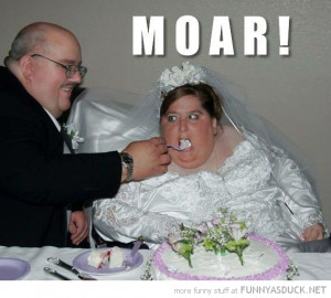 fat woman bride wedding eating cake moar more funny pics pictures pic ...