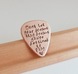 Love Quotes Guitar Pick - Thumbnail 1