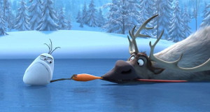Sven and Olaf fight over Olaf's nose in 'Frozen'