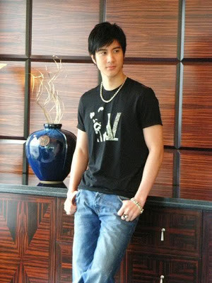 Wall Papers of Hot Actor - Handsome, Young Chinese Actor Wang Lee Hom