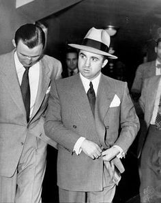 Friend of a friend: L.A. mobster Mickey Cohen, former boxer, gambling ...