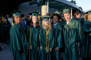 Veronica & Logan veronica mars gang-graduation