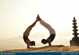 easy couple yoga poses source http imgarcade com 1 partner yoga poses
