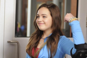 Still of Mary Mouser in Frenemies (2012)