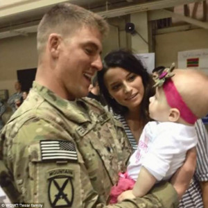 Introduction: Army Specialist Cole Harper meets his daughter Harper ...