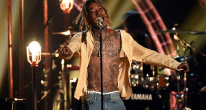 Wiz Khalifa Let's It All Go on Stage at the BBMAs