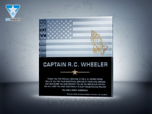Soldier Payer Plaque. The military plaque features a touching design ...