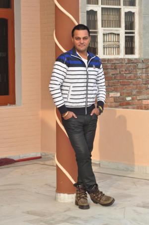 Gurchet Chitarkar Looking Handsome