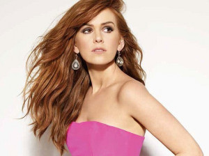 Isla Fisher Opens Up About Marriage to Sacha Baron Cohen