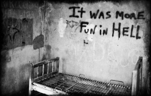 quotes ,beds beds quotes graffiti grayscale 1200x768 wallpaper