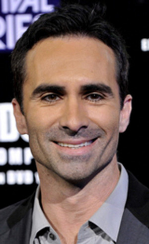 Nestor Carbonell the Dark Knight