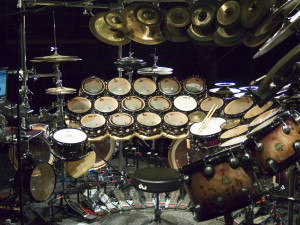 when drums stop bass solo begin and lastly terry bozio s drum set ...