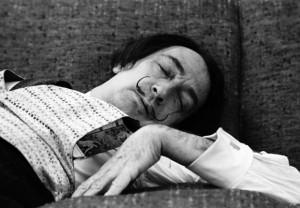 Dormilones famosos: celebridades y políticos que podían dormir ...