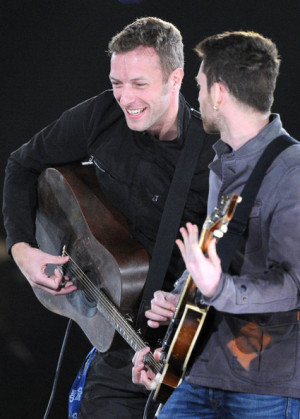 guy berryman coldplay live coldplay concert chris martin guy berryman