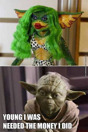 funny-pictures-young-yoda-was-a-gremlin