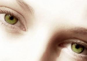 eye-people-with-green-eyes-20237854-453-320.jpg