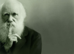 Fotografía retocada de Charles Darwin tomada de los carteles y de la ...