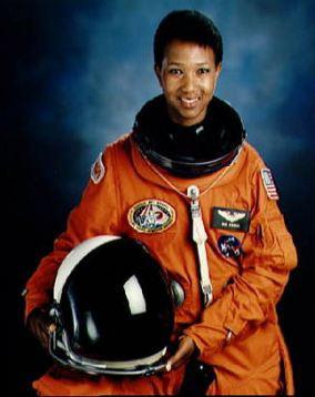 woman astronaut mae jemison - photo #8
